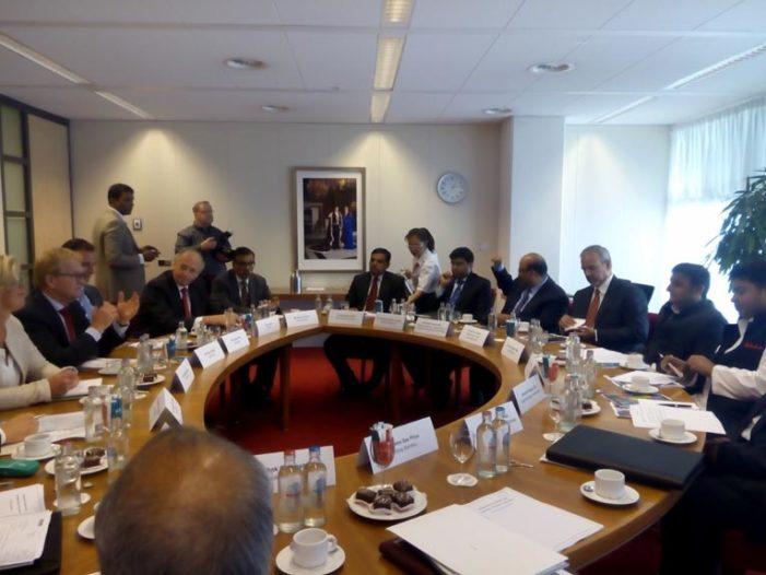 नीदरलैंड में मुख्यमंत्री से प्रतिनिधिमंडल ने मुलाकात की