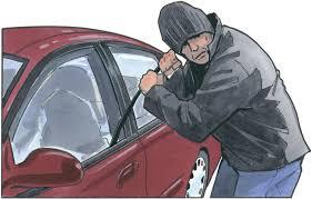 बदायूं में बीडियो और कथित ड्राईवर की लापरवाही से गाड़ी चोरी