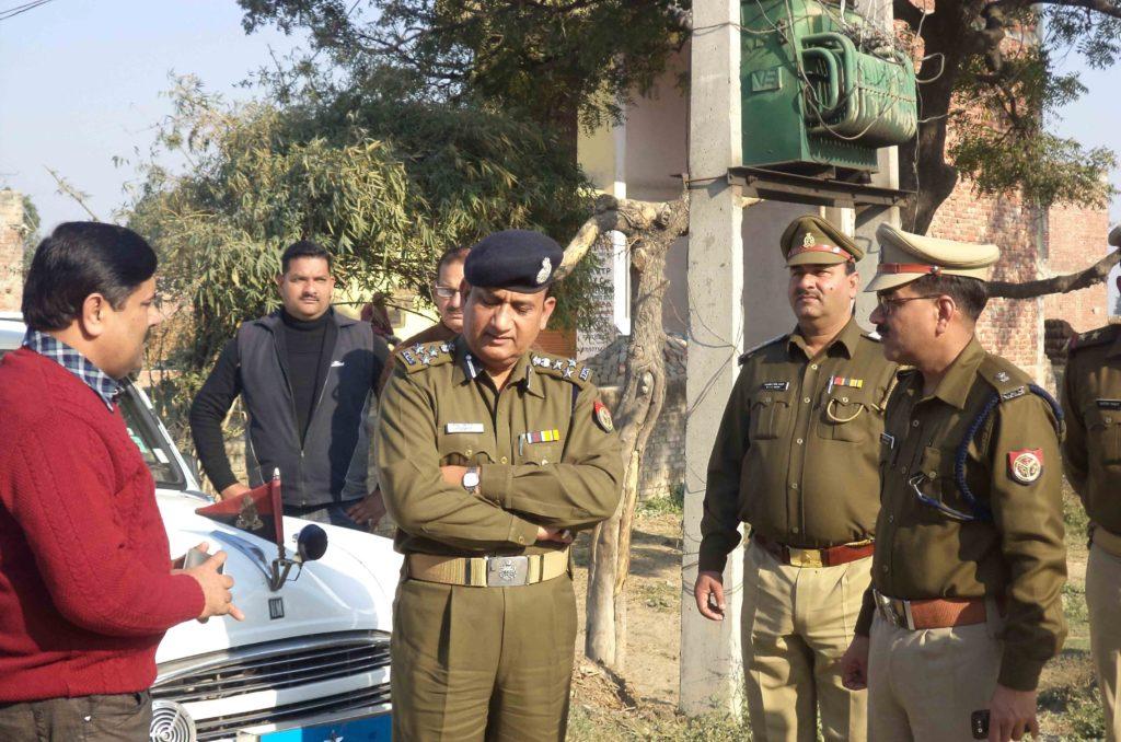 नूरपुर पिनौनी का दौरा करने पहुंचे डीआईजी बरेली आरकेएस राठोर